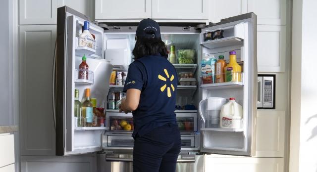 وولمارت ستطلق عن خدمة InHome Delivery لإيصال البِقالة لداخل الثلاجة !