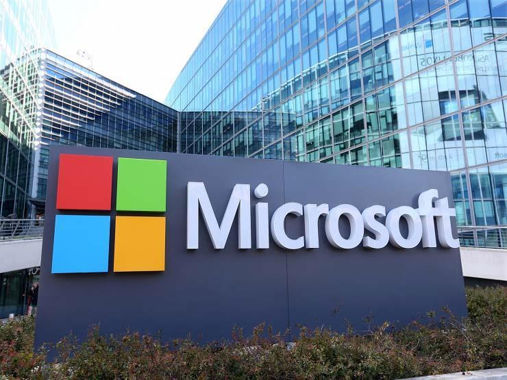 مايكروسوفت تتفوق على أمازون وتفوز بمشروع وزارة الدفاع الأمريكية JEDI