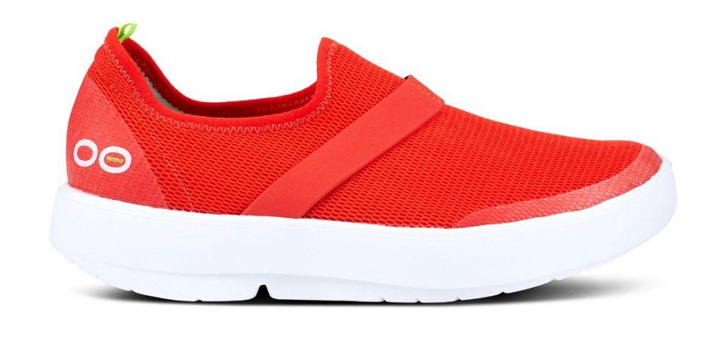 أفكار تقنية - تقنيات الملابس - تقنية صناعة نعل الأحذية من الفوم عالي الامتصاص: OOFOS