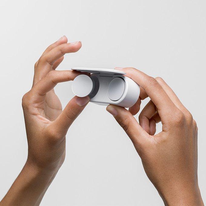 نظرة على سماعة مايكروسوفت الجديدة Surface Earbuds