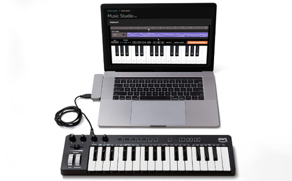Screenshot_2019-12-03-Amazon-created-a-musical-keyboard-to-help-developers-learn-about-AI