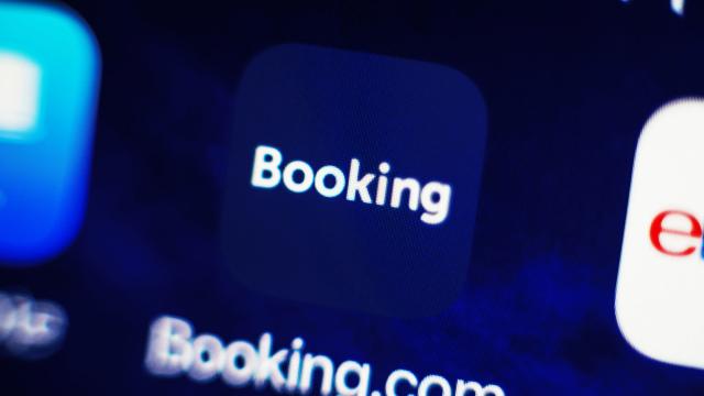 هيئة مكافحة احتكار الخدمات الروسية تحقق في ممارسات Booking.com