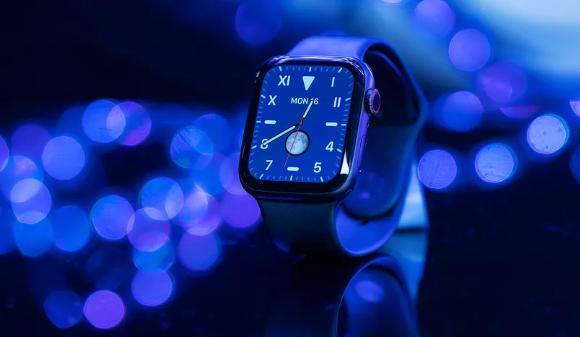 آبل تسيطر على سوق الساعات الذكية وهواوي تتراجع للمركز الرابع - Apple Watch