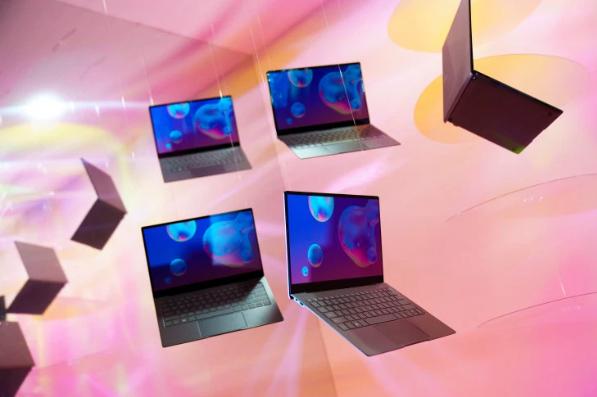 شحنات الحواسيب العالمية ستشهد تراجعاً كبيراً خلال العام بسبب كورونا (دراسة)