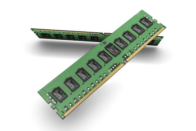 سامسونج تتنج أولى ذواكر DRAM فئة 10 نانو متر مبنية على تقنية ألترا فولت