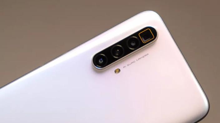 Realme تطلق هاتف X3 Superzoom في 4 يونيو المقبل مقابل 575 دولار