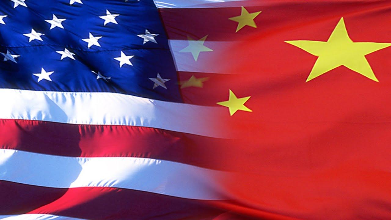 محادثات بين الحكومة الأمريكية وشركتي إنتل وTSMC لتصنيع المعالجات والرقاقات داخل البلاد (تقرير)