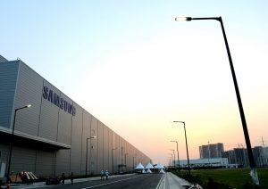 سامسونج تعتزم زيادة تصنيع هواتفها الذكية من الهند