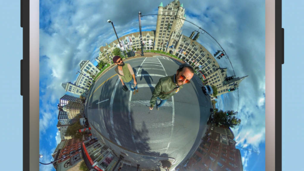 The new IQUISPIN app for editing 360-degree photos