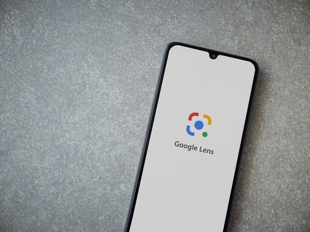 جوجل تُقدّم دعما للترجمة بلا اتصال في عدستها على أندرويد