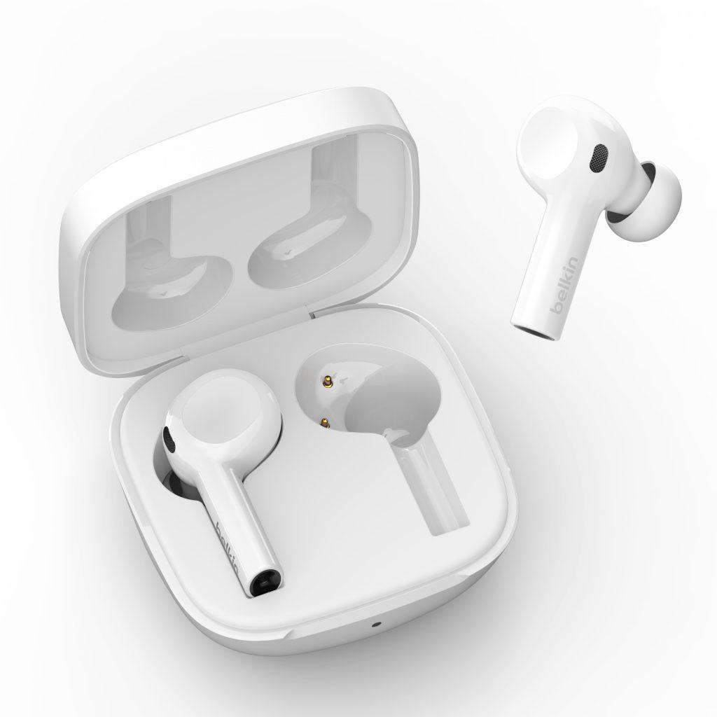 بلكين تكشف عن سماعات SOUNDFORM وقاعد شحن BOOST↑CHARGE Pro المتوافقة مع MagSafe