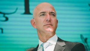مؤسس ومدير أمازون التنفيذي جيف بيزوس يقرر ترك منصبه في النصف الثاني من 2021