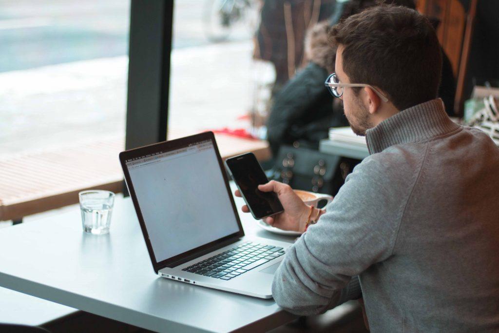 في العمل عن بعد: 6 خطوات لإدارة وقتك بكفاءة