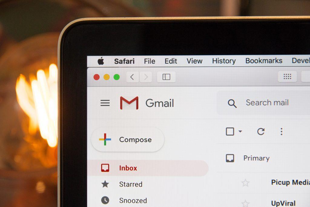 لا تفوض مهامك عن طريق البريد الإلكتروني