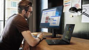 لينوفو تكشف عن عدة أجهزة بينها ThinkPad X1 Extreme مع بطاقة رسومات RTX 3080
