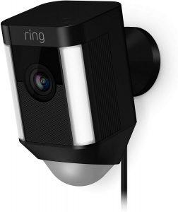 كاميرا المراقبة Spotlight Cam