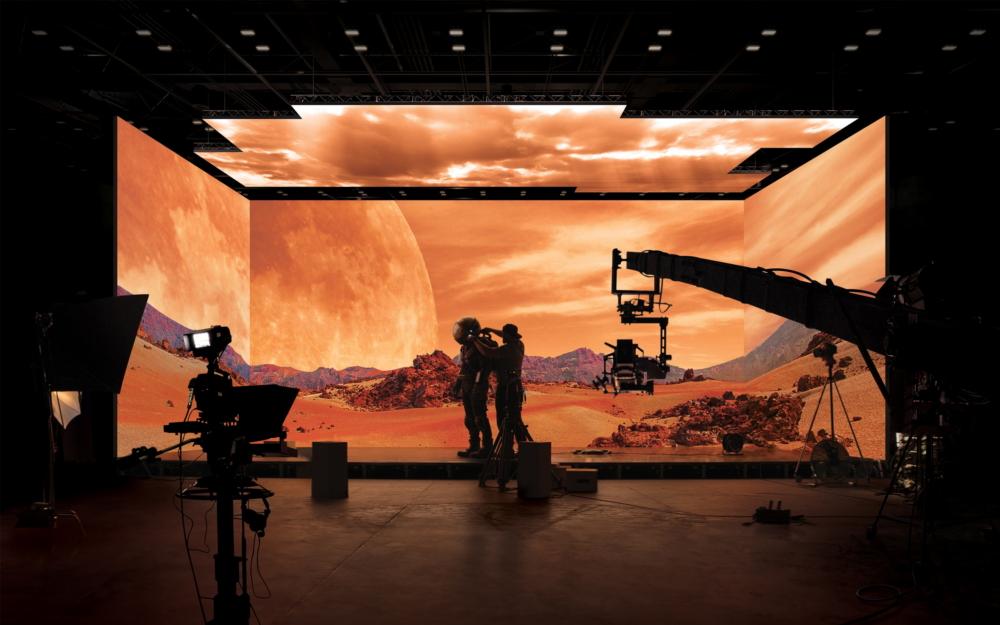 سامسونج ستستخدم شاشات The Wall لبناء استديوهات افتراضية لشركات الإنتاج السينمائي